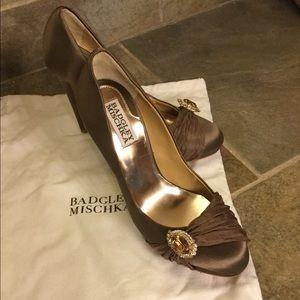 Badgley Mischka taupe heels, size 5 1/2.